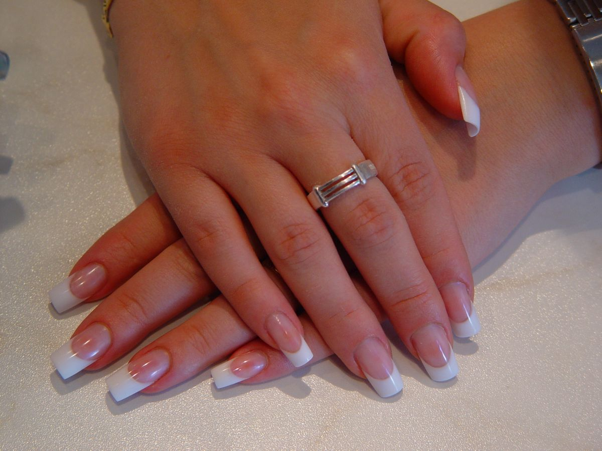 french nails - french design